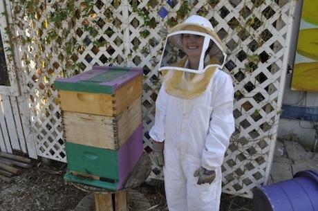 kendra worsnup beekeeping